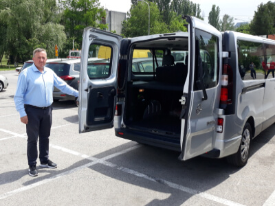 nas vozni park - Opel Vivaro enterijer